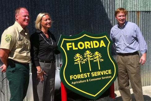 Florida Forest Service received a national award during Prescribed Fire Awareness Week?